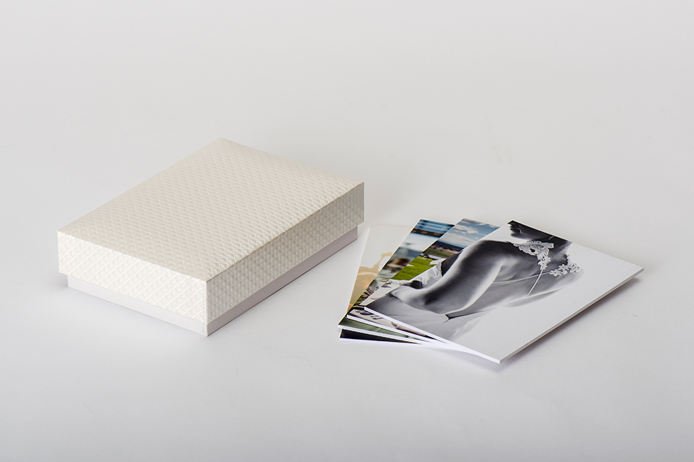 AsukaBook Photo Gallery Box in quilted cream pearl and 5x7 board mounted prints