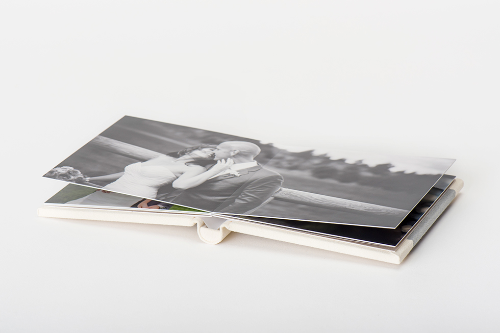 AsukaBook Heirloom Photo Album comes with medium weight board pages and a layflat binding